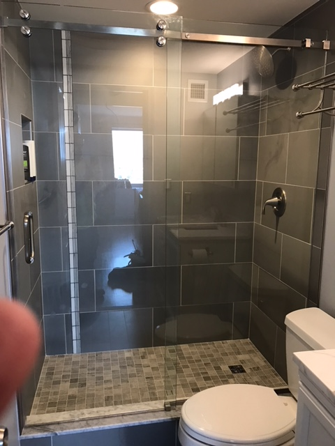 Custom glass sliding shower doors